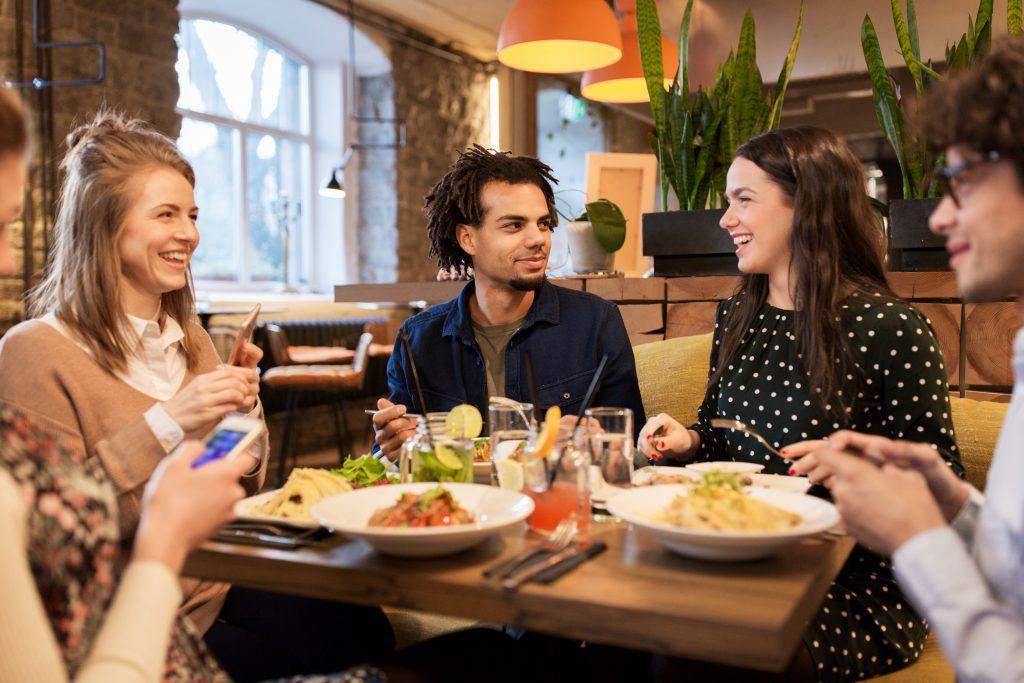 ร้านอาหารเสียงก้อง ต้องแก้ไขอย่างไร?